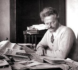 """[TEXTO] Trotsky """"Completar el programa y ponerlo en marcha"""""""