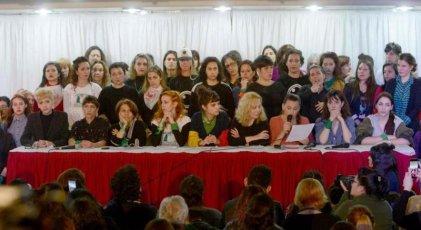 Actrices Argentinas: precarización, contexto necesario para el acoso sexual en el trabajo