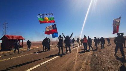 Reprimieron a mineros en Antofagasta y pobladores en Santiago