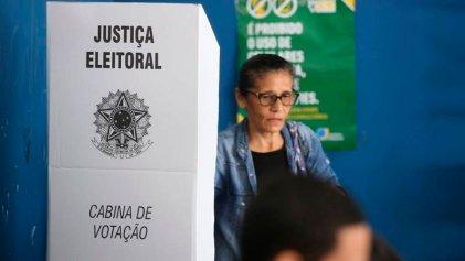 Ya se vota en Brasil para decidir entre Jair Bolsonaro y Fernando Haddad