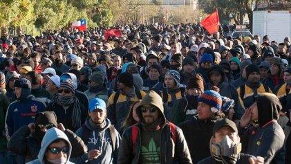 Mineros chilenos en huelga anuncian radicalización de las medidas