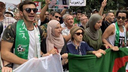 Estudiantes argelinos calientan la calle ante la gran marcha de la próxima semana