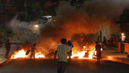 Protestas en Honduras exigen la renuncia de presidente por nexos con el narcotráfico