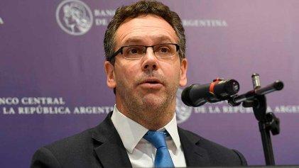 Sandleris renunció al Banco Central pero a partir del 10D