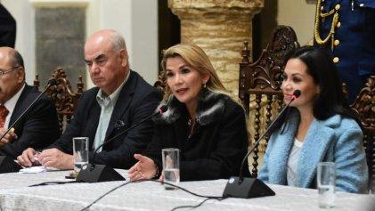 Elecciones en Bolivia: Añez reconoce al MAS como ganador