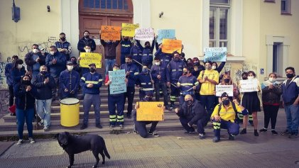 Río Gallegos: trabajadores del Correo Argentino hicieron ruidazo contra los despidos
