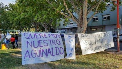 Trabajadores del Sanatorio Río Negro exigen pago de aguinaldos del 2020