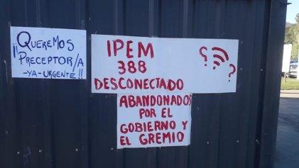 Escuela de San Roque exige personal y conexión a internet