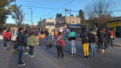 La Plata: vecinos de El Rincón protestaron contra la entrega de tierras a la Iglesia