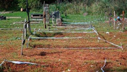 Vuelos de la muerte: exhumaron tumbas NN en cementerio de Entre Ríos