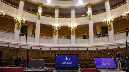 Con los votos del Frente Amplio la Convención Constitucional aprobó el quorum heredado de Pinochet