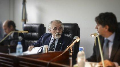 ¿Quién es Martínez Sobrino, el juez que le dio la domiciliaria a Etchecolatz?