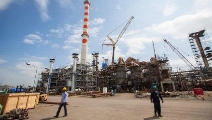 Maduro remata activos petroleros de Venezuela para pagar la deuda externa