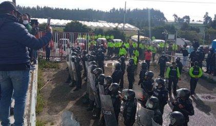 Ecuador: a pesar de la represión en Navidad trabajadores de Explocen continúan en huelga