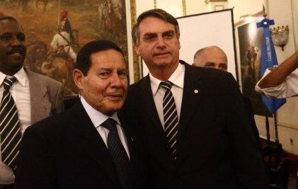 Terminar con las jubilaciones, la prioridad de Bolsonaro y Mourão