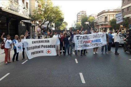 Trabajadores de Ferrobaires protestaron con un corte frente a la Unión Ferroviaria