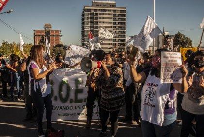 Movilizaron en caravana de Centenario a Neuquén en apoyo a salud