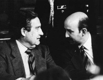 """Octavio Paz y el 1968: """"el poeta no renunció a su cargo, siguió cobrando"""""""