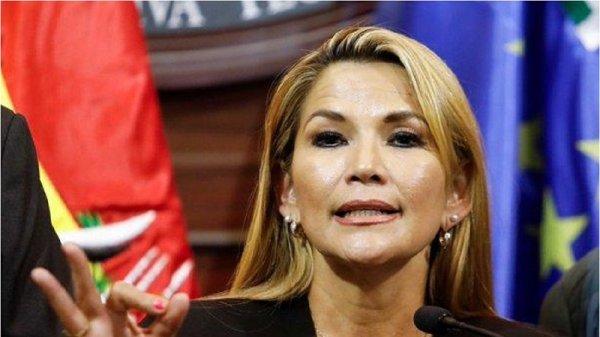 """Jeanine Áñez preocupada por la """"dispersión del voto"""" en la derecha"""