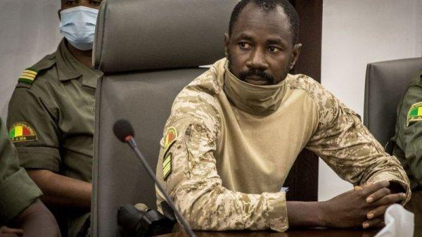 Intentaron atacar al presidente de facto de Mali