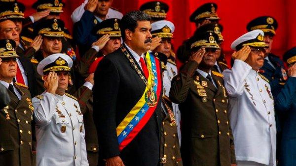 La juramentación de Maduro, los militares y el bonapartismo reaccionario