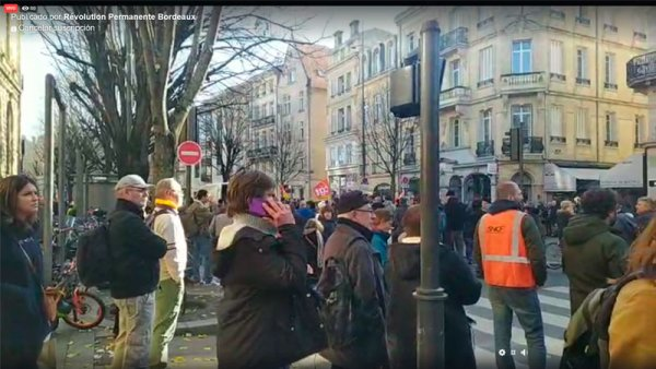 DIRECTO | Miles se movilizan en Burdeos por la huelga general